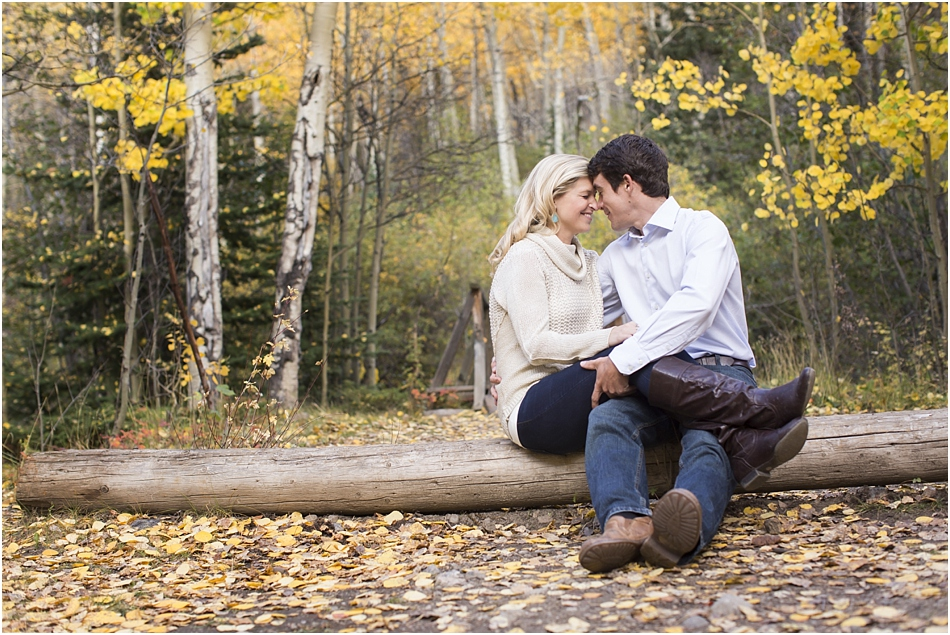 Fall Aspens Engagement Photos | Amy and Ben's Fall Mountain Engagement Session_0010