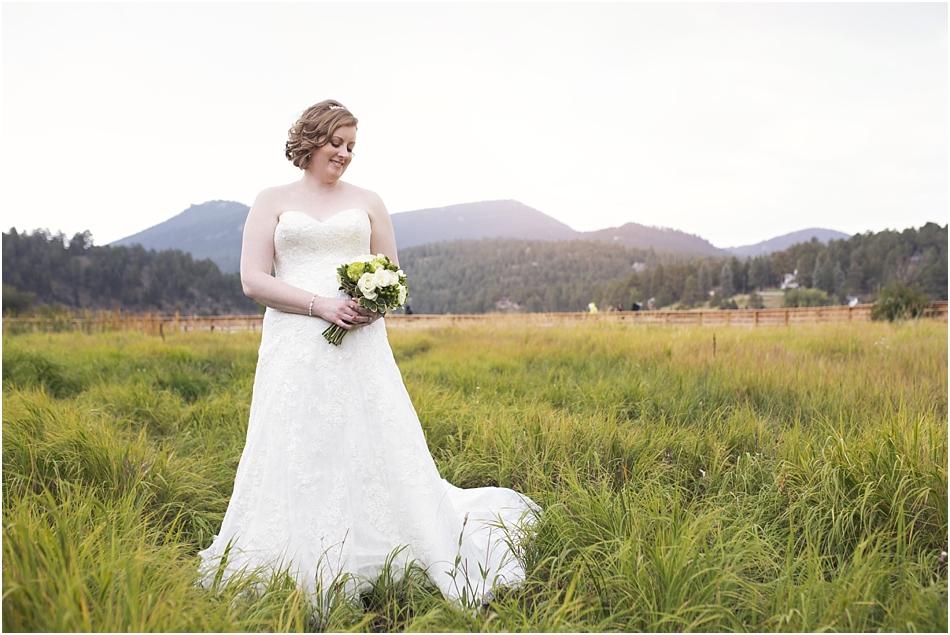 Evergreen Lake House Wedding | Kara and AJ's Evergreen Colorado Wedding_0011