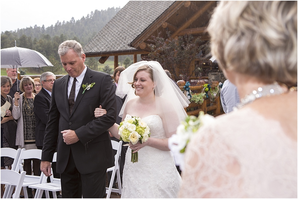 Evergreen Lake House Wedding | Kara and AJ's Evergreen Colorado Wedding_0033