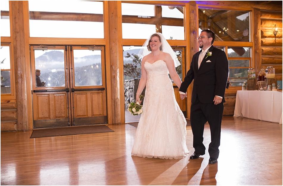 Evergreen Lake House Wedding | Kara and AJ's Evergreen Colorado Wedding_0050