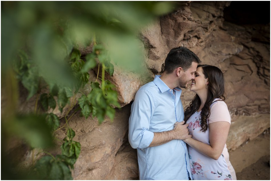 Red Rocks Engagement Shoot| Rachel and Mike's Engagement Shoot_0003