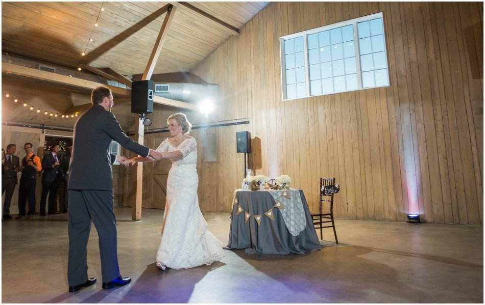 The Barn at Raccoon Creek Wedding | Elizabeth and Matt's Raccoon Creek Wedding Day_0110