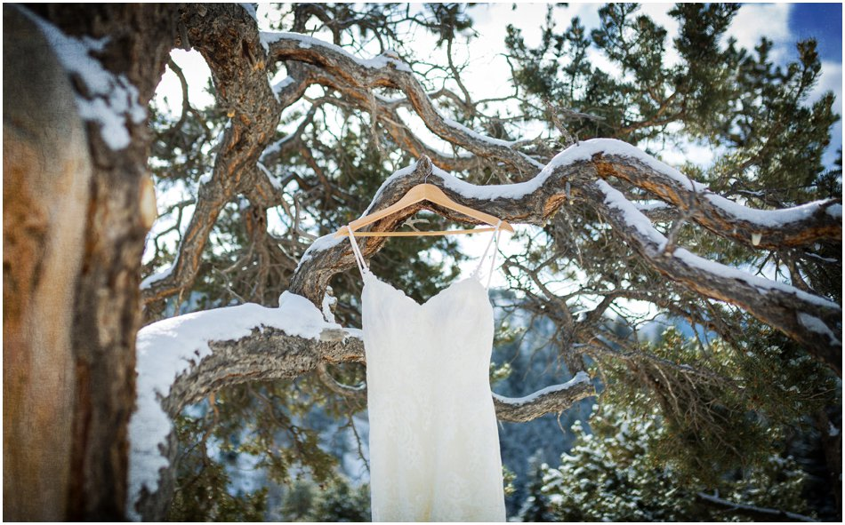 Mt. Princeton Hot Springs Wedding | Michelle and Dan's Winter Colorado Wedding_0004