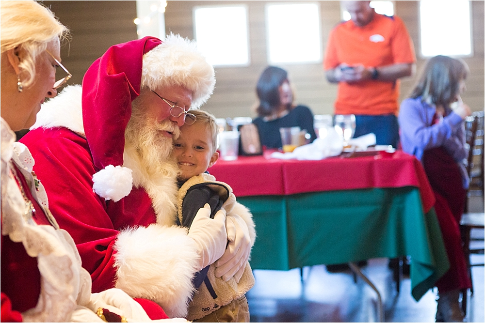 Brunch with Santa at Raccoon Creek_0012.jpg