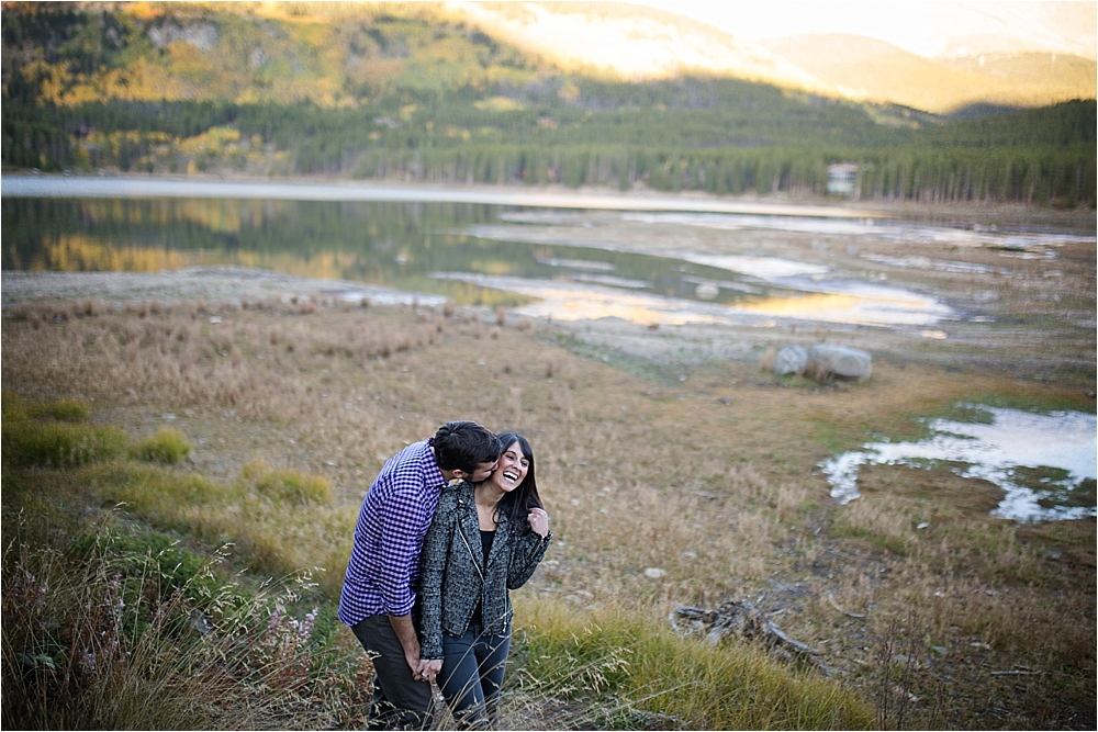 Samantha + Kyle's Fall Colorado Engagement_0010.jpg