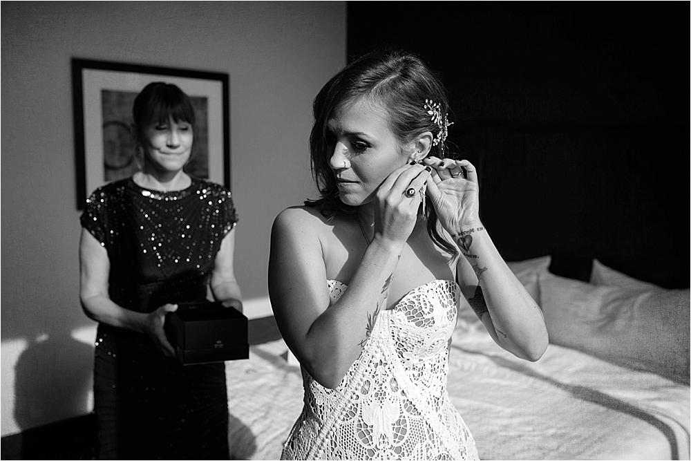 Lindsey and Stephens Denver Museum Wedding | Colorado Wedding Photographer_0009.jpg