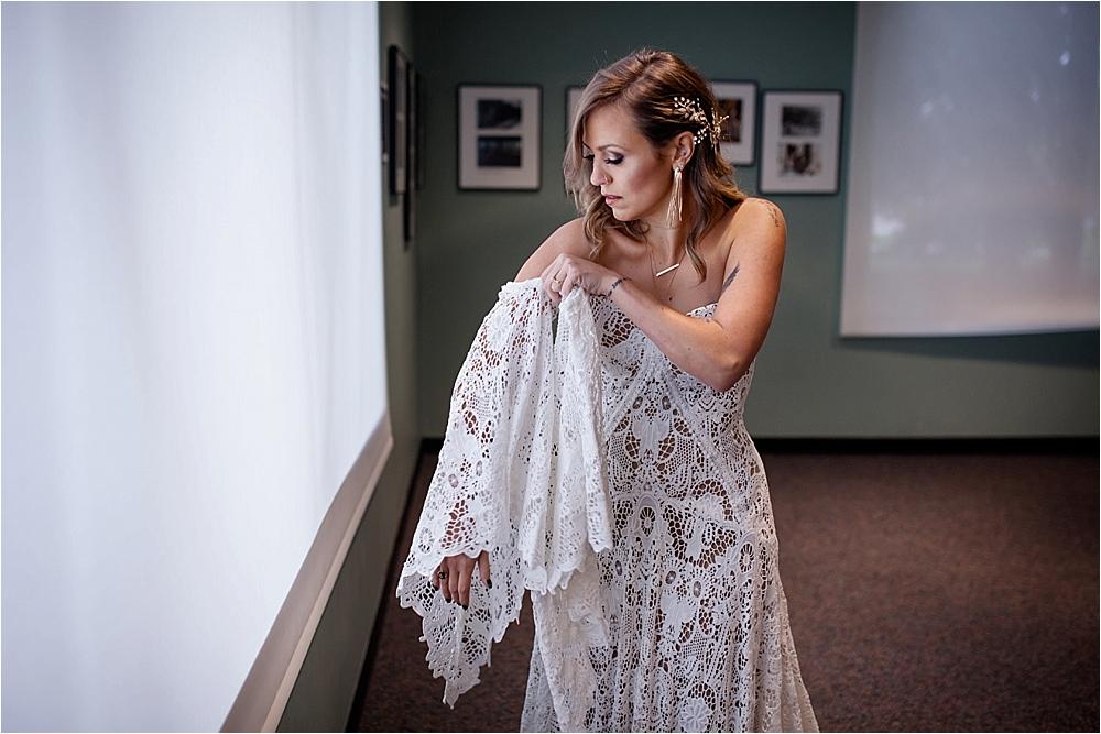 Lindsey and Stephens Denver Museum Wedding | Colorado Wedding Photographer_0012.jpg