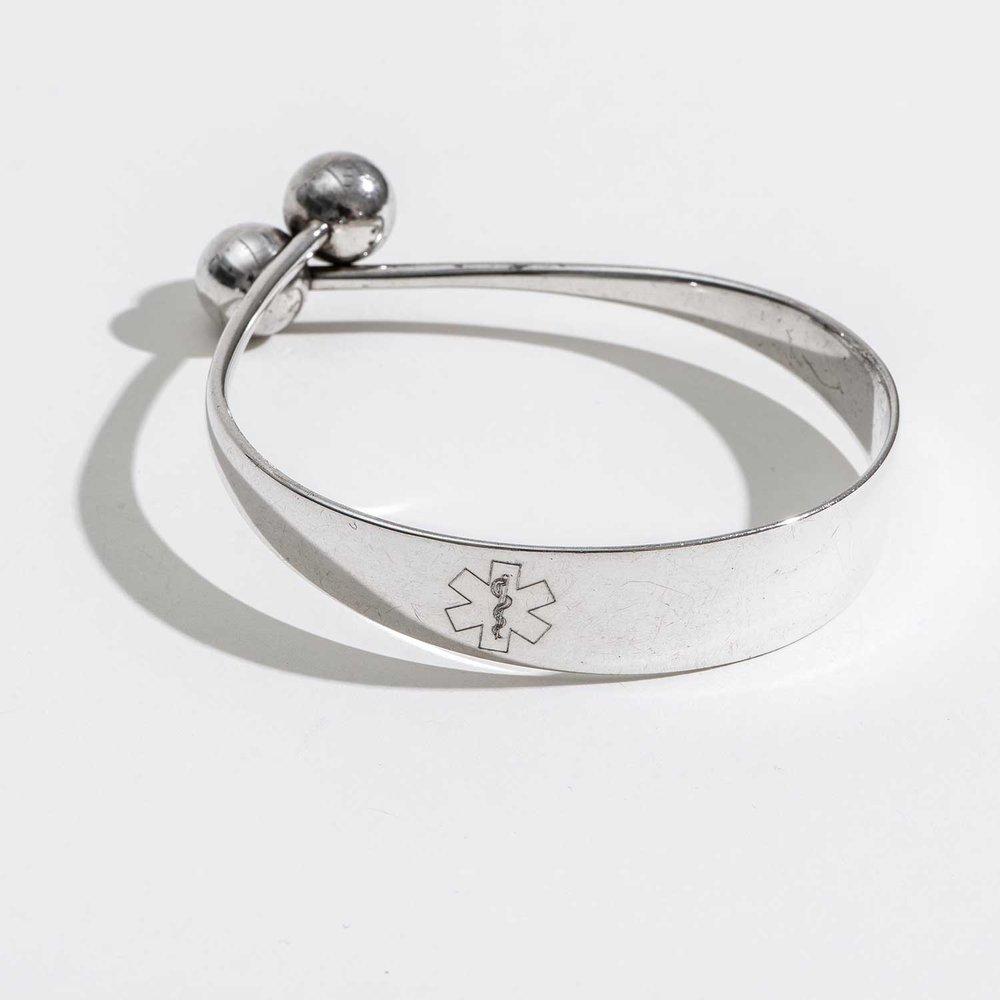 silver-elegant-medic-alert-bracelet.jpeg