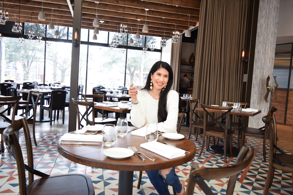 Vanessa in Dallas, Lifestyle Blogger at Mille Lire Dallas Texas