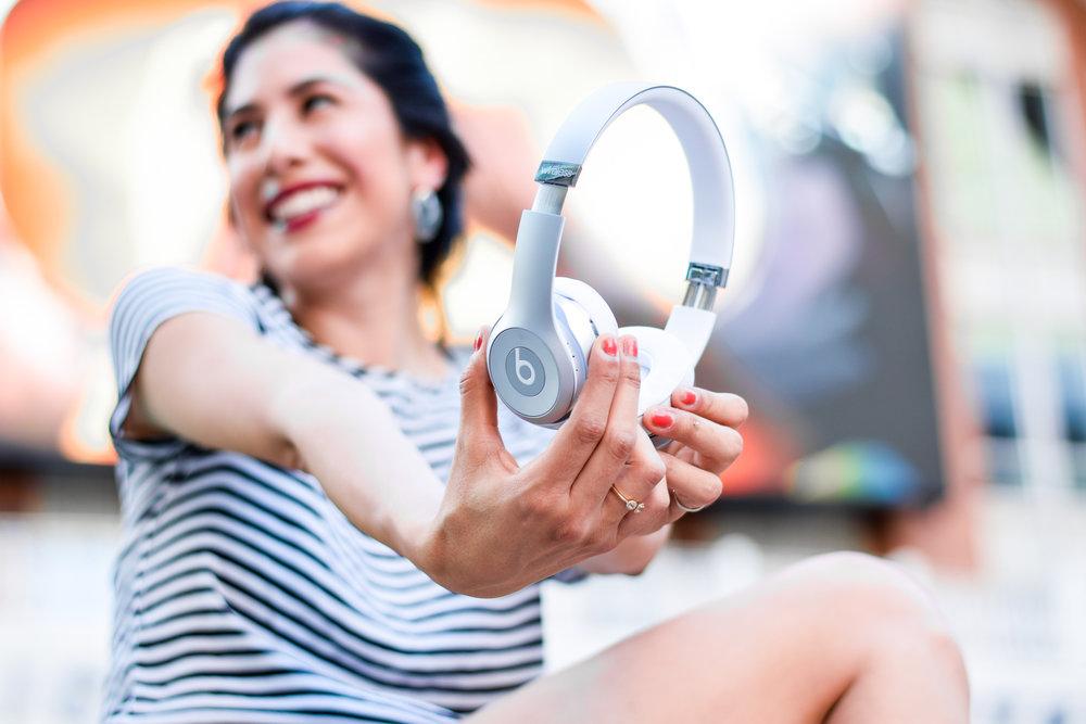 Beats Solo3 Wireless Headphones Review- Vanessa in Dallas