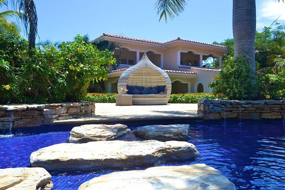 Mayan-Princess-Pool-1-e.jpg