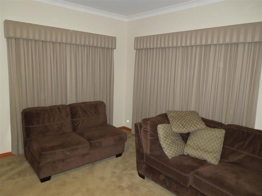 Curtains 916.jpg