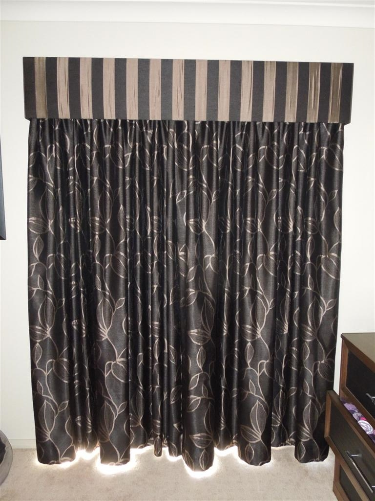 Curtains 653.jpg
