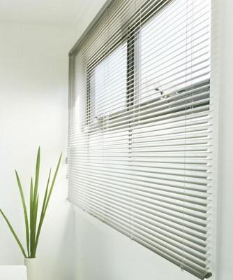 slide_aluminium-venetian-blind-5-334x400.jpg