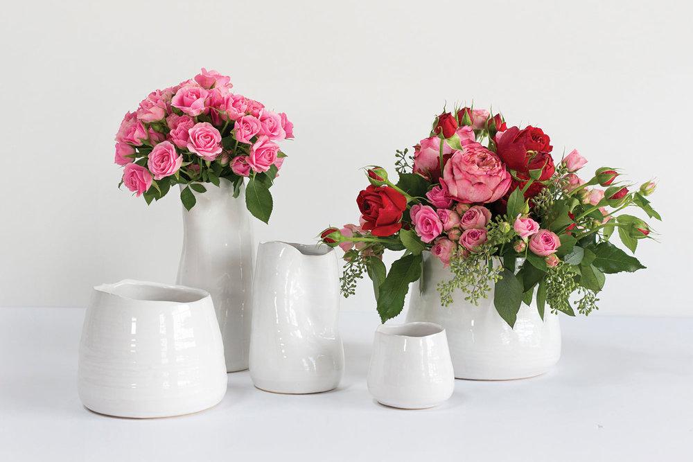 Tegan Pot - Minimalistic white ceramic pot with organic rim. Also comes in gold!