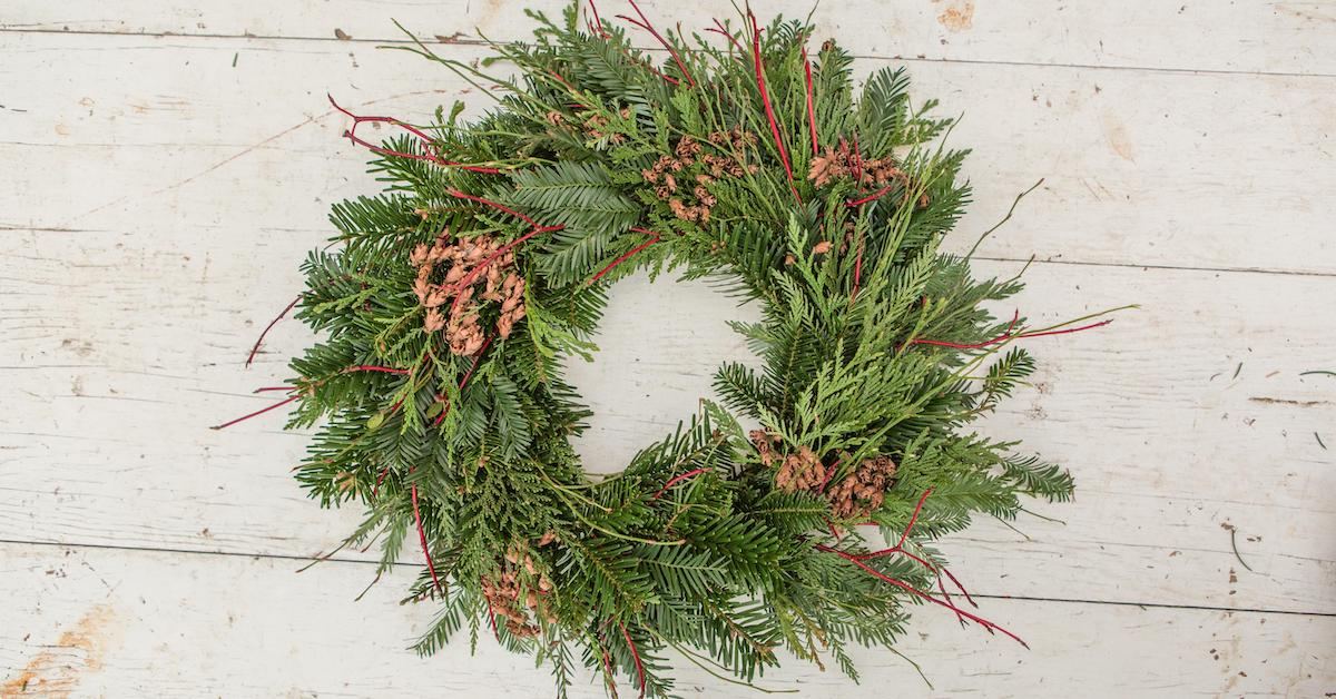 How To Make A Wreath It S Easier Than You Think