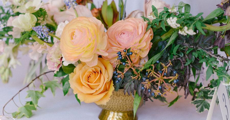 Video Flowers For Spring Weddings From Team Flower