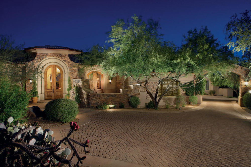$2,450,000 | 9290 E THOMPSON PEAK PKWY 462, Scottsdale, AZ 85255
