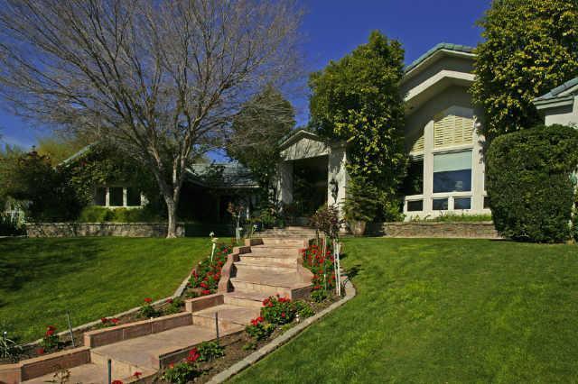 $1,800,000 | 6828 N 48th ST, Paradise Valley, AZ 85253