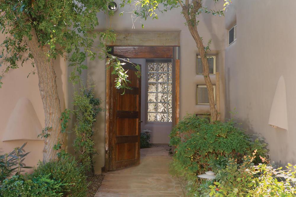 $422,500 | 6711 E CAMELBACK RD 37, Scottsdale, AZ 85251