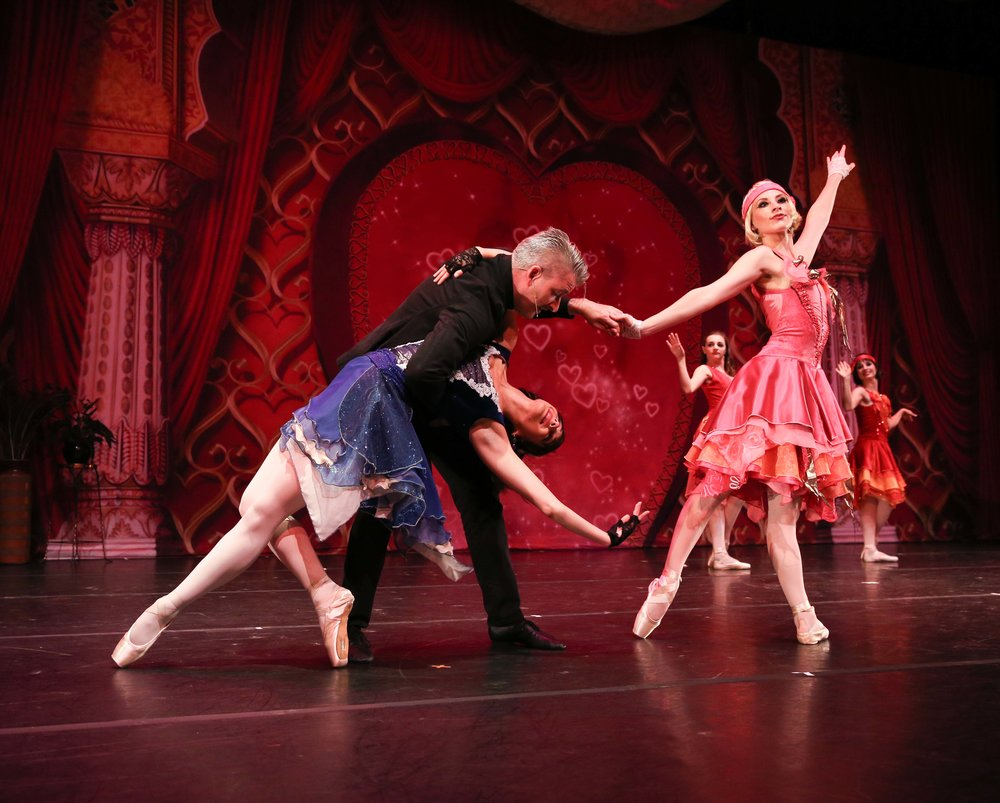 pride & prejudice: A PARISIAN JAZZ BALLET  (ORIGINAL PREMIERE 2013) // photo by stephanie urso Shown above: GUEST ACTOR-NARRATOR ADAM GOLDTHWAITE AS PARSON COLLINS WITH BFAN DANCERS ASHLEY BONTRAGER (LIZZY ) & AMANDA COLEMAN (CHARLOTTE)