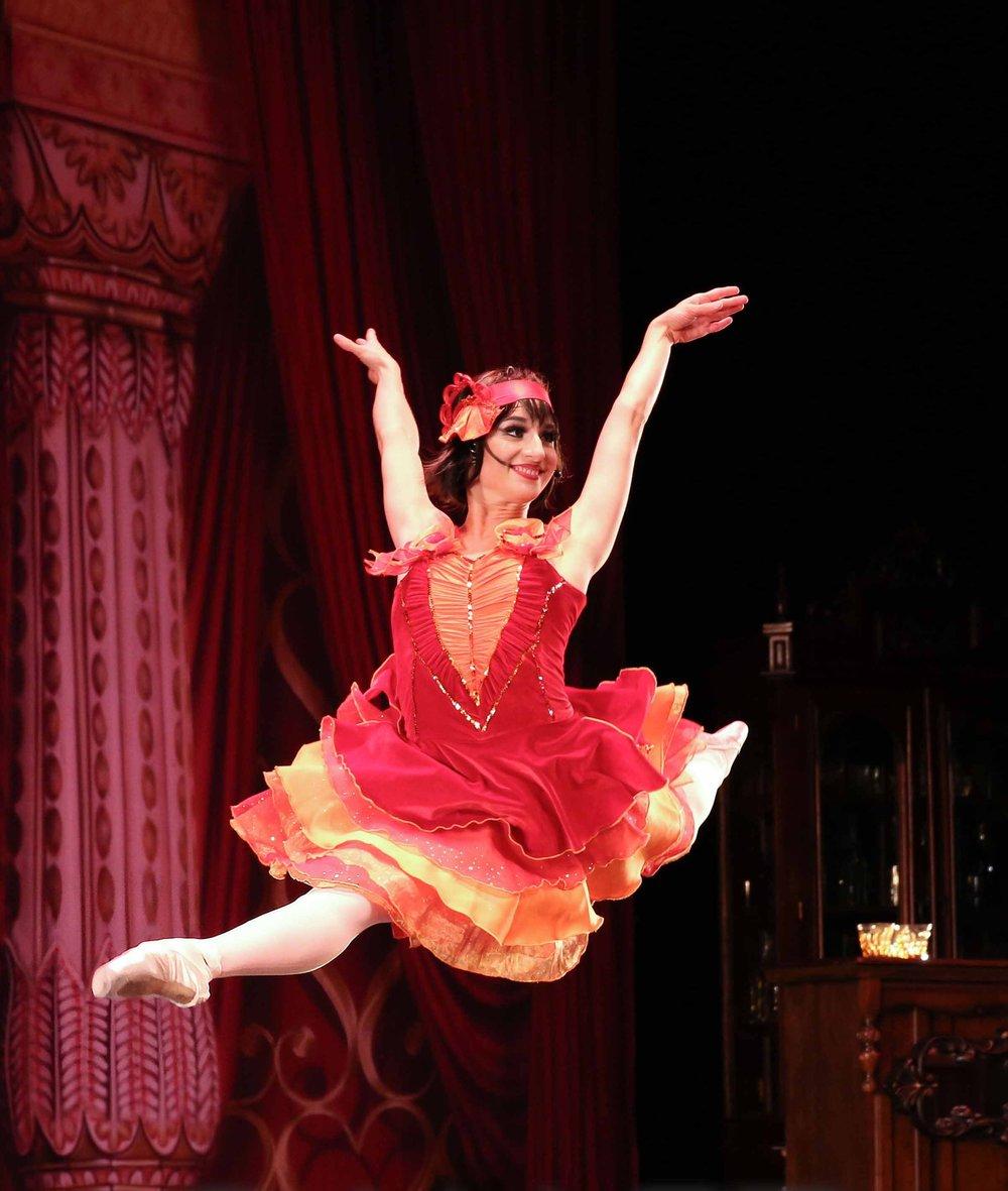 BFAN DANCER CAROLIN KOEPPLIN AS KITTY IN BALLET FANTASTIQUE'S    PRIDE & PREJUDICE: A PARISIAN JAZZ BALLET  :     HULT CENTER, 2016 // PHOTO: STEPHANIE URSO