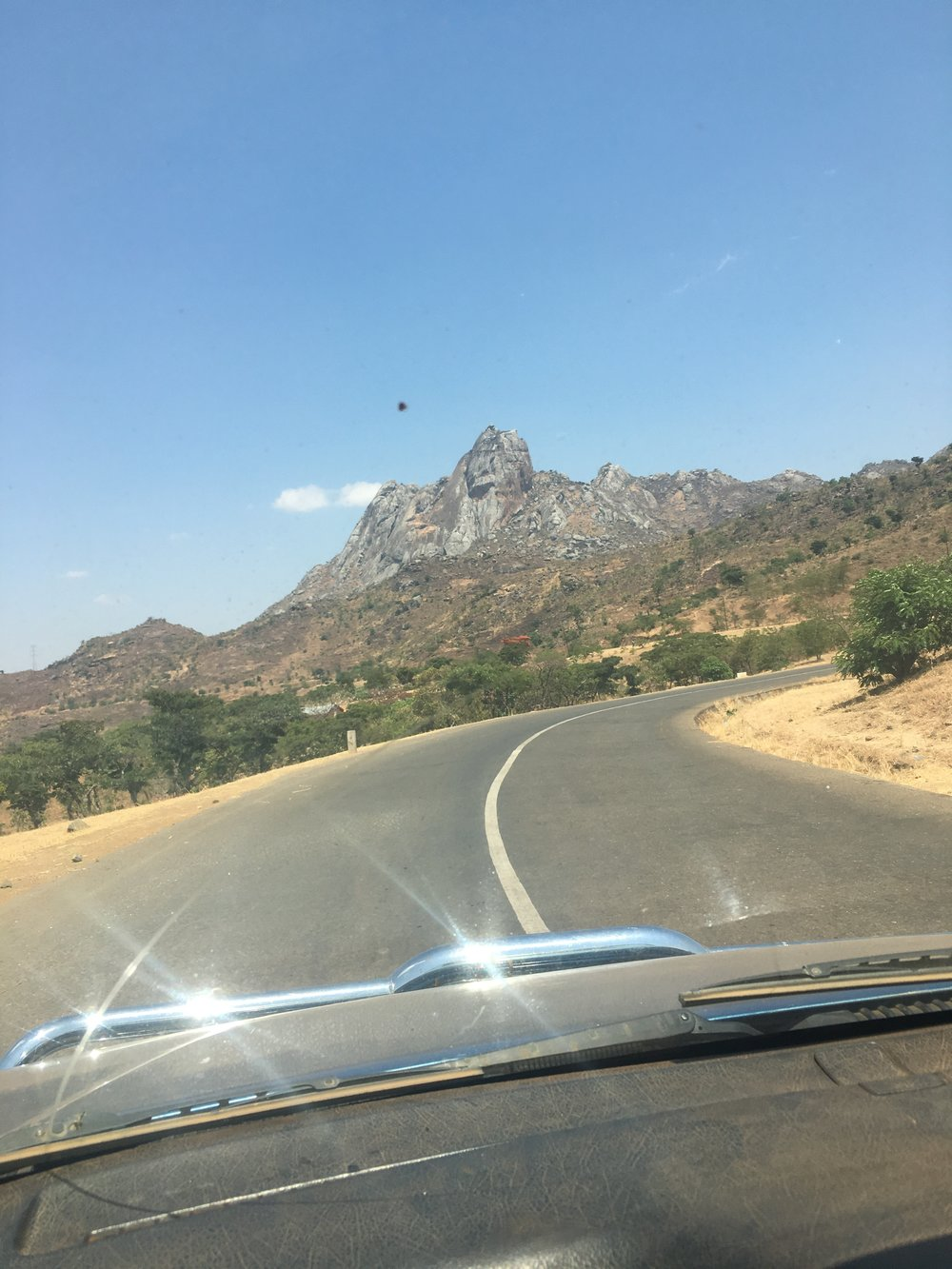 The beautiful drive to Nkhoma Hospital where we operate the Watsi program!