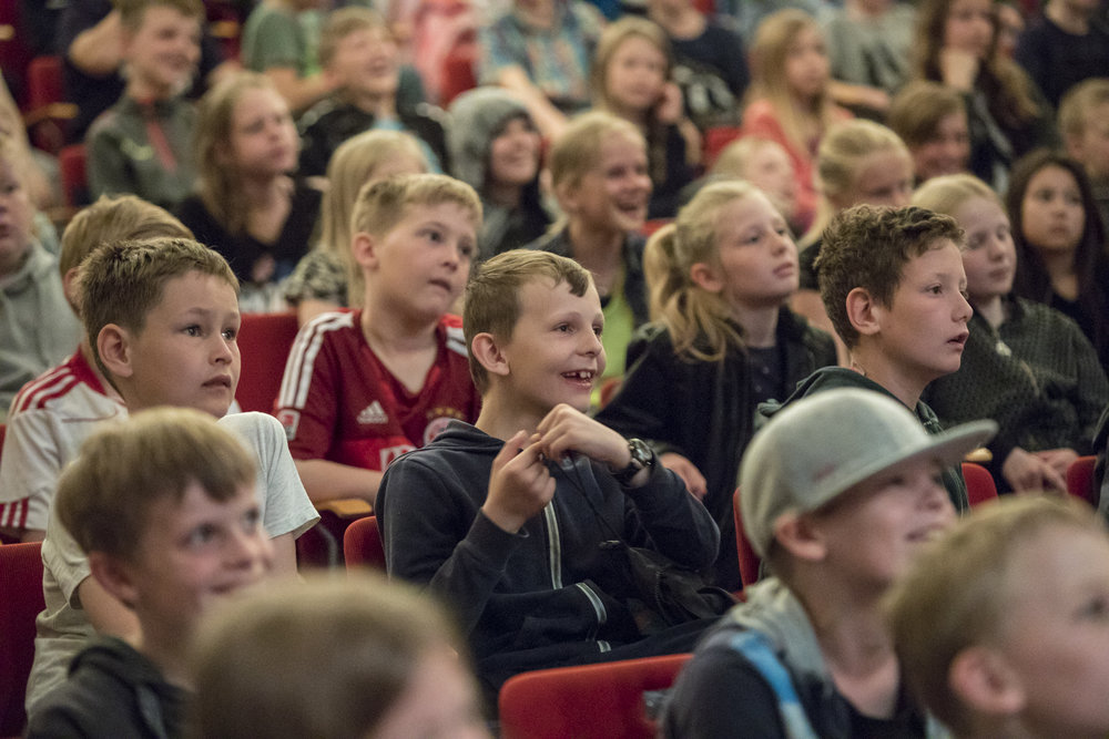 Sløngeldage fredag- web - Fotograf Per Bille-20170519-2504, glade børn.jpg