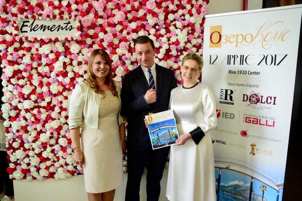 Foto Elena Sinitsyna (Ozero Komo), Kevin Quast (Marketing Manager at Wetag Consulting) & Tatiana Rykoun (Ozero Komo)