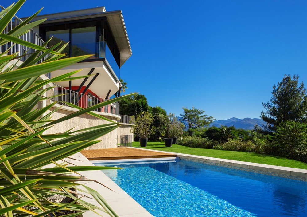 Swimming pool, Luxury modern villa in Ticino, Switzerland for sale