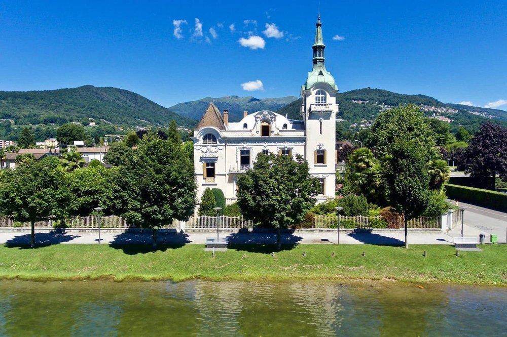 """""""Villa Mainini"""": splendida proprietà storica sul lago di Lugano, Svizzera da vendere"""