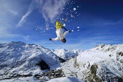 Ski & Snowboard -