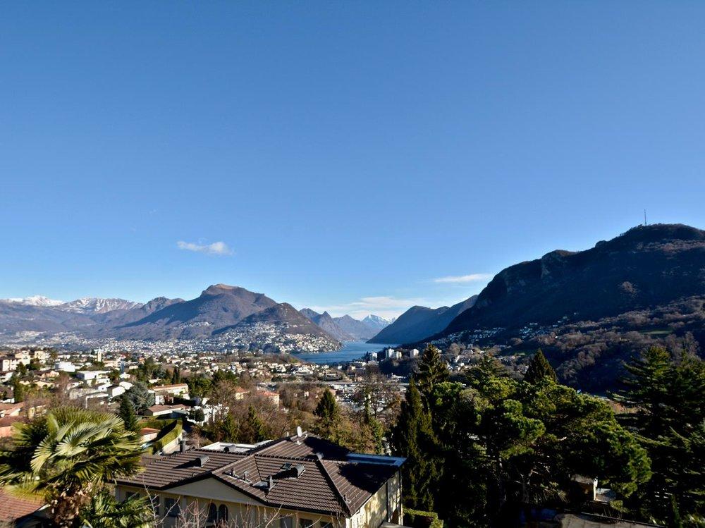 Blick auf den Luganersee,Moderne Wohnungen in Montagnola Schweiz zu verkaufen