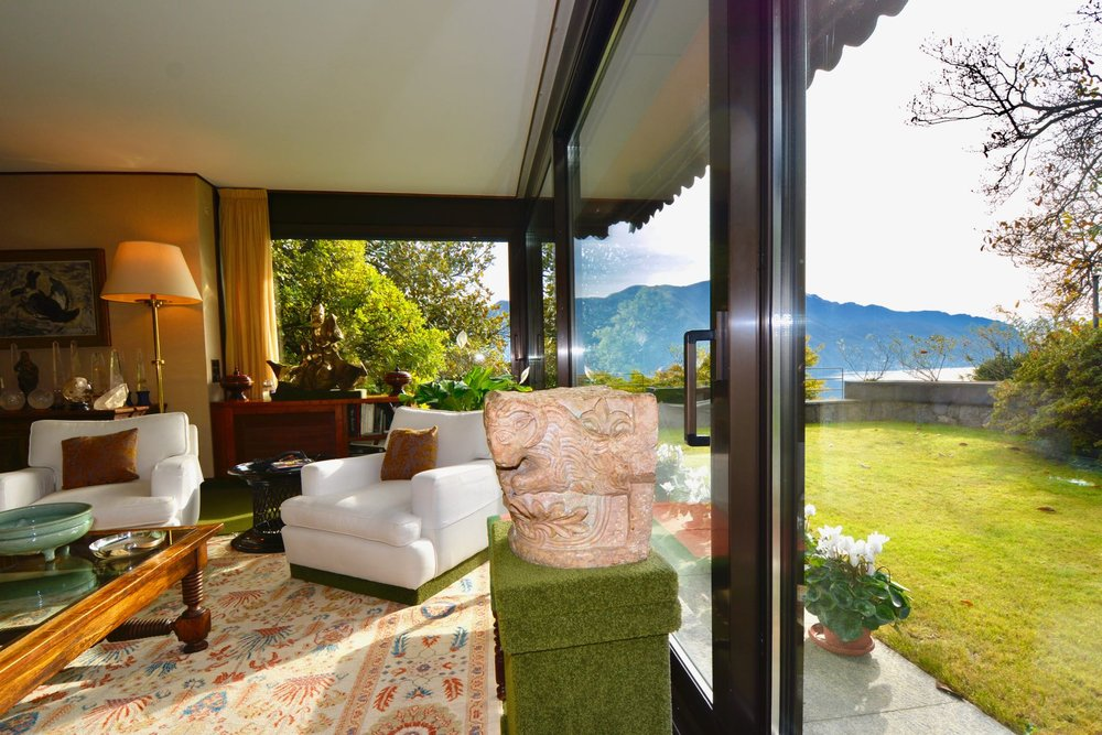 Villa mitten im Grünen in Massagno, Tessin, Schweiz mit Blick auf den Luganer See zu verkaufen