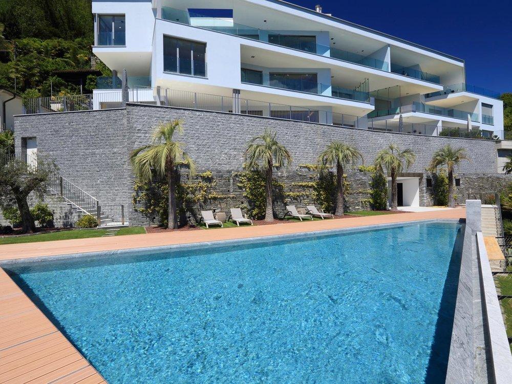 Luxus-Wohnung mit fantastischer Seesicht auf den Lago Maggiore in Brissago, Tessin, Schweiz, zu verkaufen