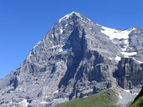 eiger_dry_huge_it_small_portfolio.jpg