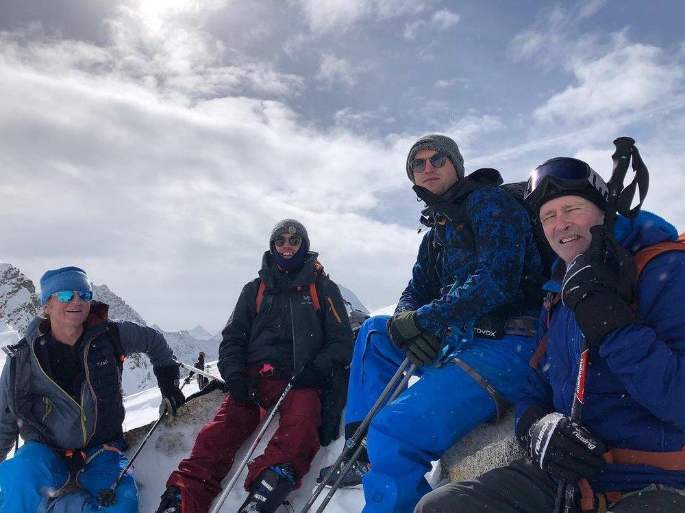 ski_stubai.jpg
