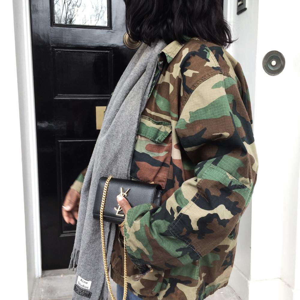 Military jacket/ VINTAGE  scarf/  ACNE STUDIOS   bag/  SAINT LAURENT