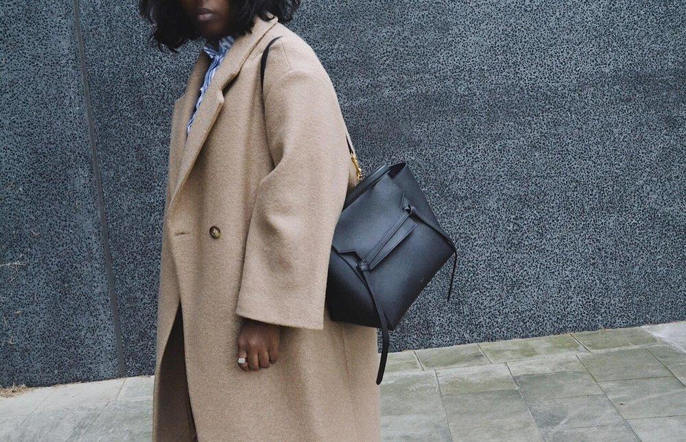 Coat/HM Bag/CELINE Jeans/VINTAGE LEVIS Shirt/HM Shoes/GUCCI Socks/COS