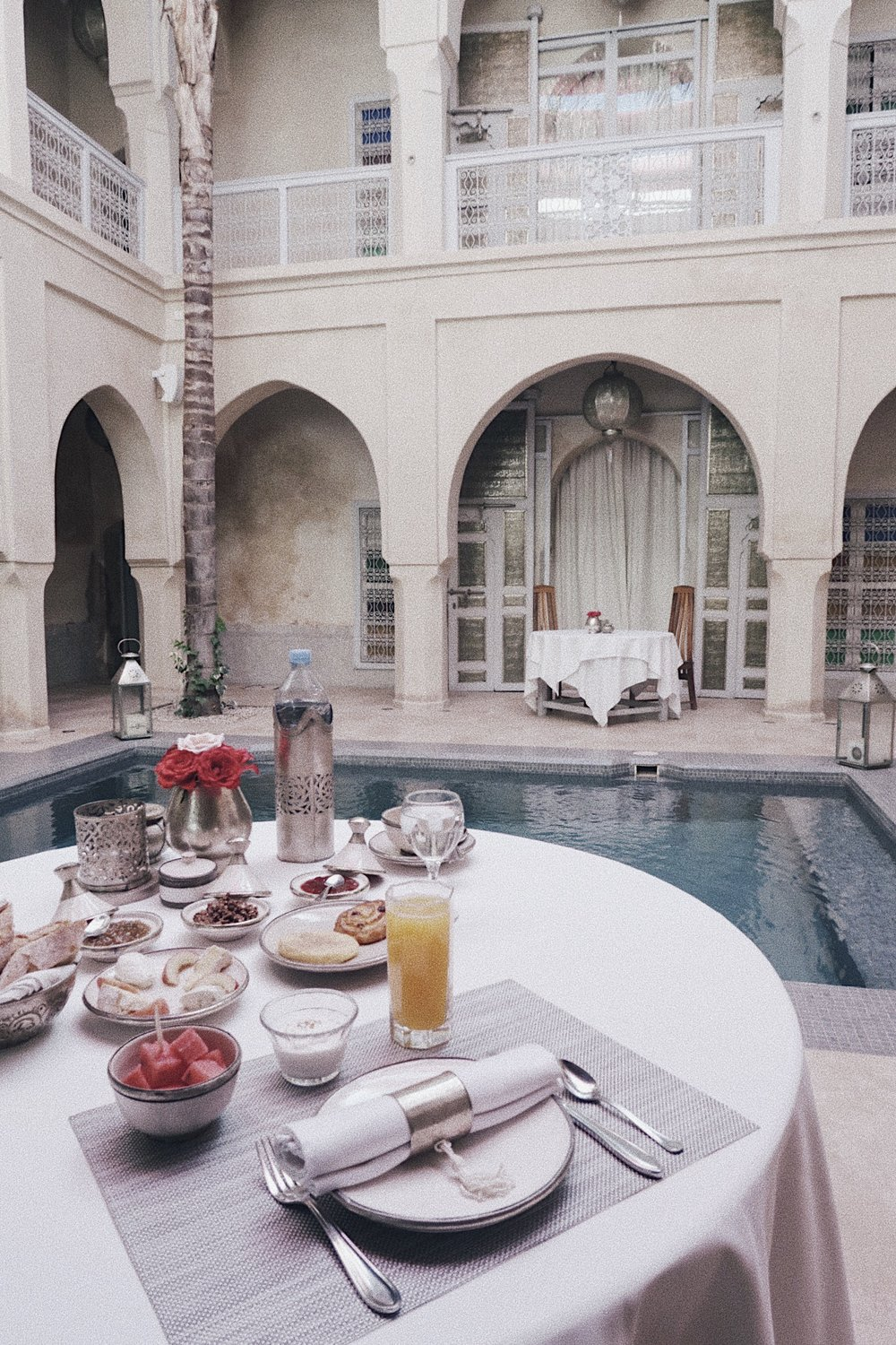Wake up to a sublime breakfast of Moroccan pancake and exotic fruits or have your breakfast on the rooftop as pictured below