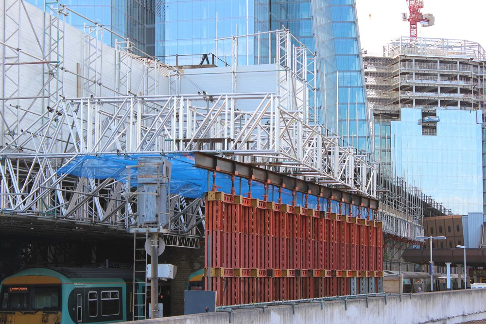 East scaffold gantry for train shed deconstruction
