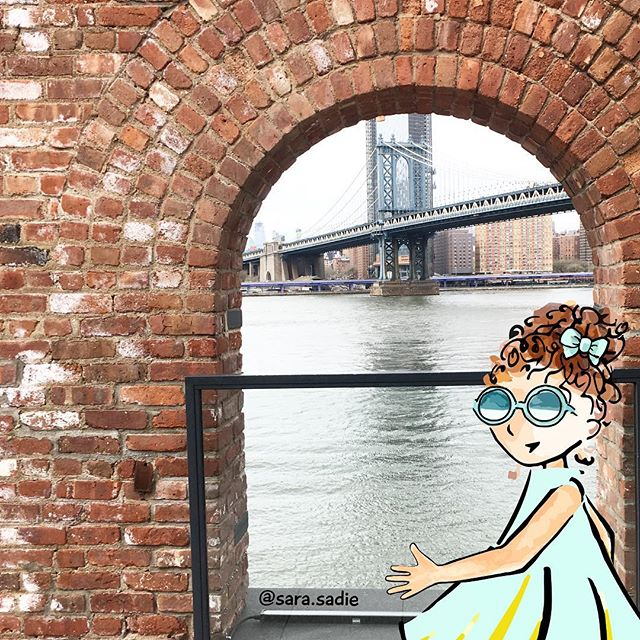 Happy long weekend! What are you planning to do? We're over in DUMBO taking in the view. 😎