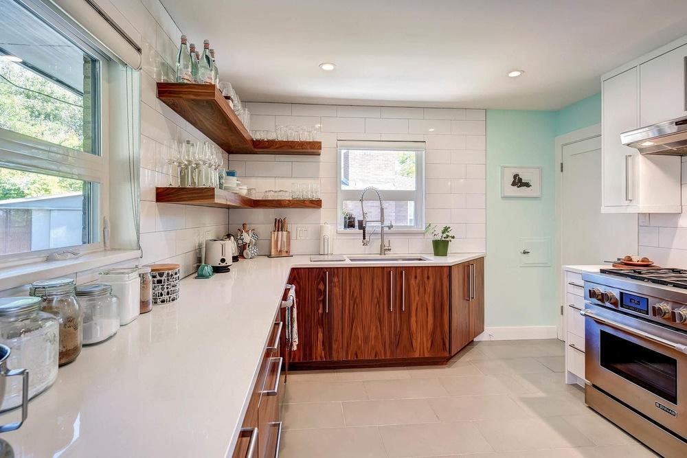 515 Everett Street Lakewood CO-large-016-13-Kitchen-1500x1000-72dpi.jpg