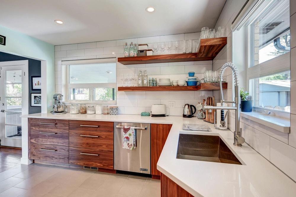 515 Everett Street Lakewood CO-large-017-17-Kitchen-1500x1000-72dpi.jpg