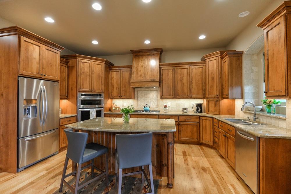 Kitchen-2(1).jpg