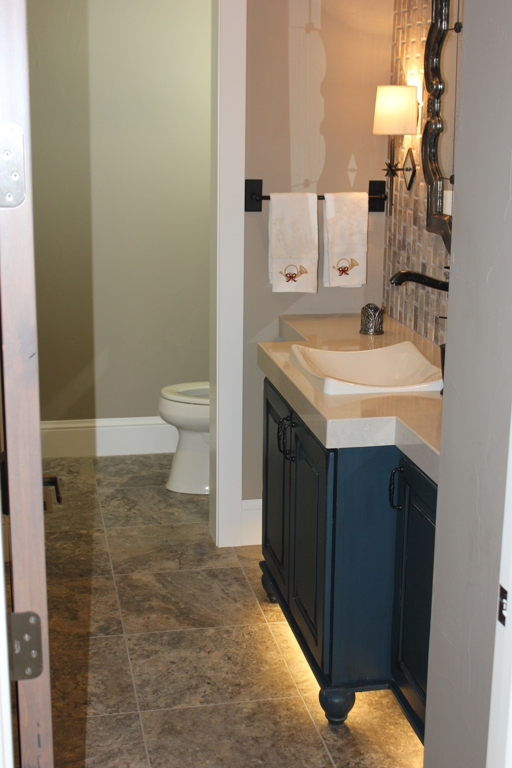 Bathroom 10.jpg