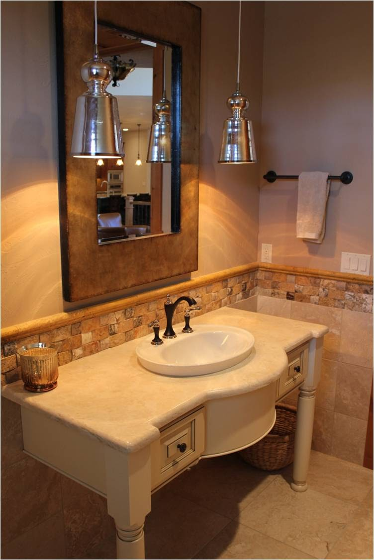 Bathroom 17.jpg