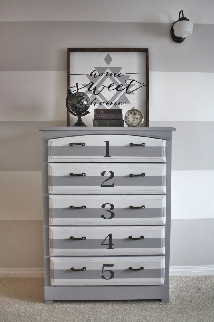 Erin mills paint decor centre inc home -  Erin Mills Paint_drawer Jpg Erin_mills_paint_grey_sideboard_1_ _embracing_change Jpg Erin_mills_paint_pebble Beach And Lazy Linen Cait Miller 1