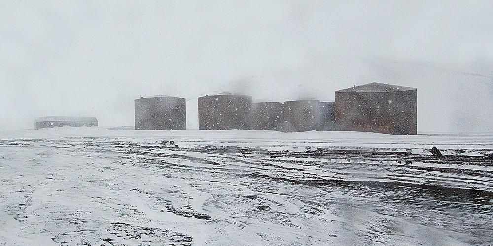 deception-island-boilers-12x6.jpg