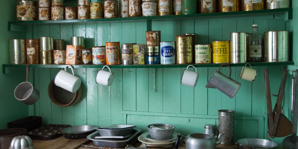 port-lockroy-kitchen-12x6.jpg